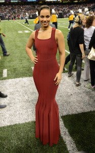 Alicia Keys Sings National Anthem at Super Bowl 2013