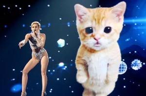 Live:Miley Cyrus Performs 'Wrecking Ball' AMA's 2013